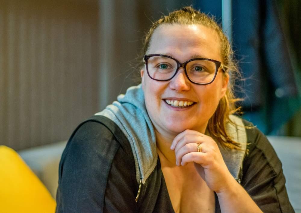 Kunstnerisk leder i Ålesund, Cecilie Lundsholt. Nylig ble Barneteatret Vårt nominert til to Heddapriser for ungdomsforestillinga «Othello». Foto: Ticiane Oliveira