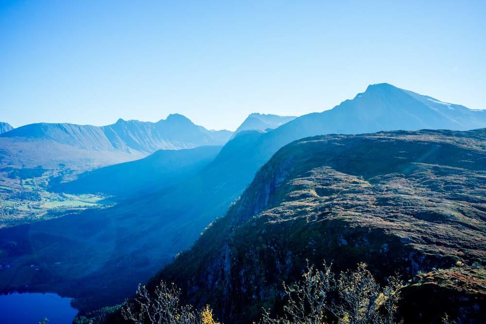 Utsikt fra Hestehornet Foto: Nicolay Woldsdal.