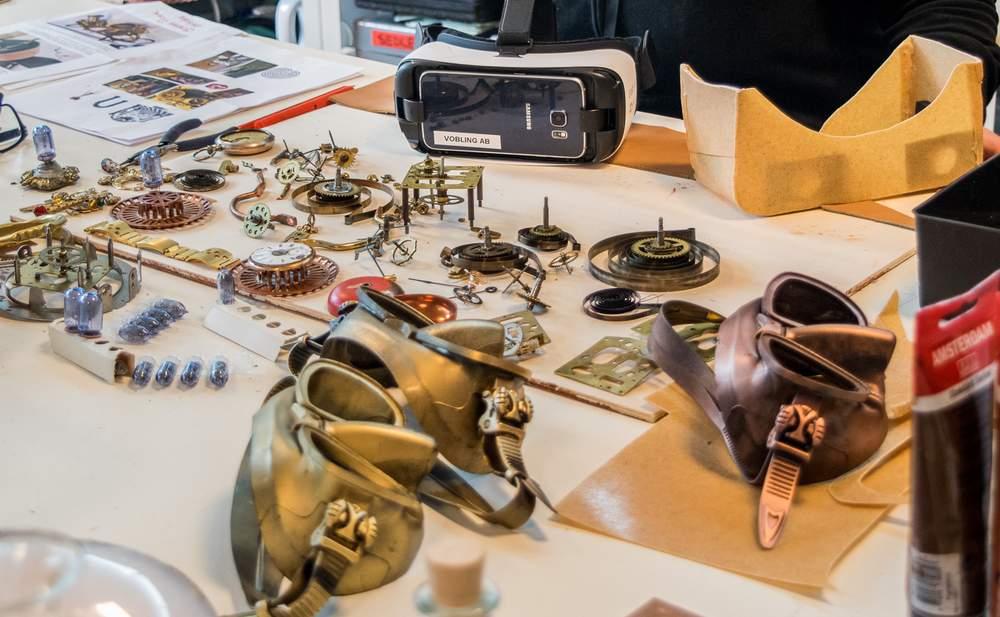 Detaljrikdommen er stor når steampunk-scenografien skal lages. Foto: Ticiane Oliveira