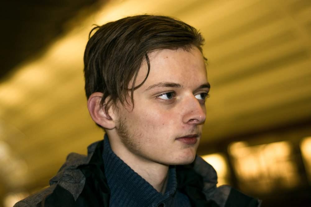 Eirik Wiik Lyngved sluttet på skolen i andreklasse på videregående etter å ha slitt psykisk over lengre tid. Han kunne ønske han tok grep og søkte hjelp tidligere. Foto: Ticiane Oliveira