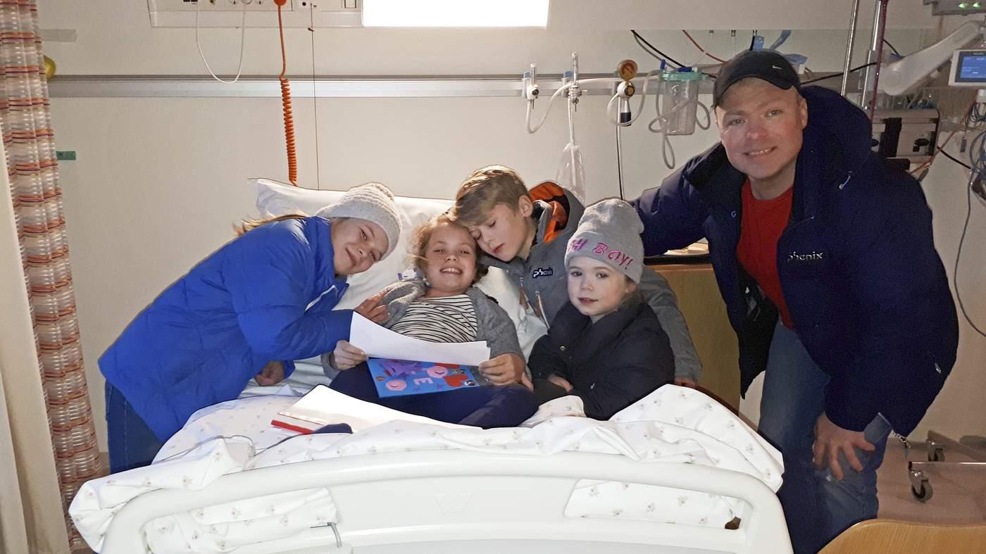 5. januar innlosjeres Julie på barneavdelinga i Ålesund, og de fire søsknene kan endelig være sammen igjen..